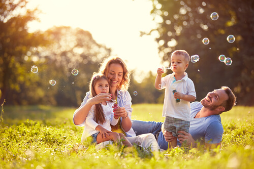 Consigue que tus hijos sean felices, seguros y autónomos