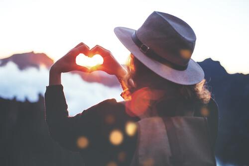 Del apego al verdadero amor